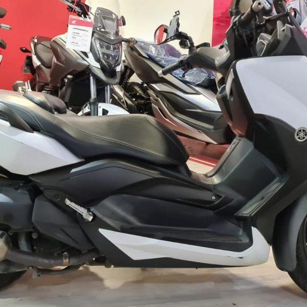 ימאהה XMAX400